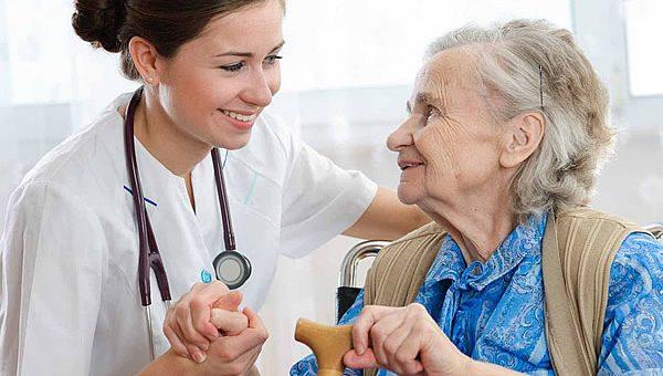 PARKINSON – Beneficiária com a doença tem direito a home care